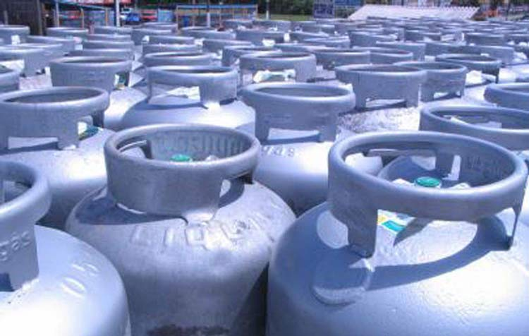 Petrobras: Preço do gás de cozinha cai 5% nas refinarias