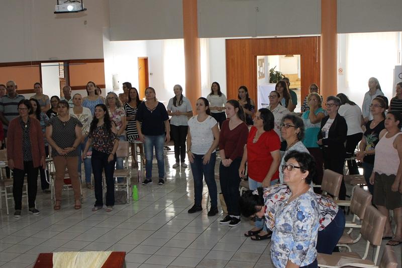 Retiro reuniu colaboradores de paróquias da região
