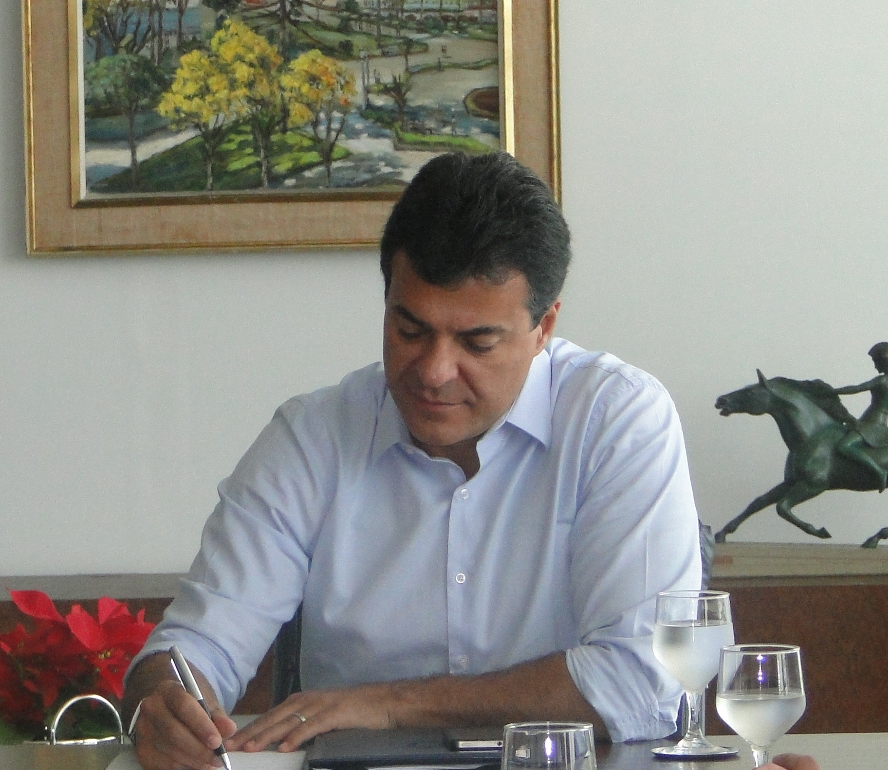 Governador autoriza início das obras da estrada Cel. Domingos Soares a Palmas