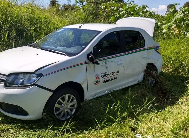 Carro da prefeitura de Chopinzinho se envolve em acidente na PR-158
