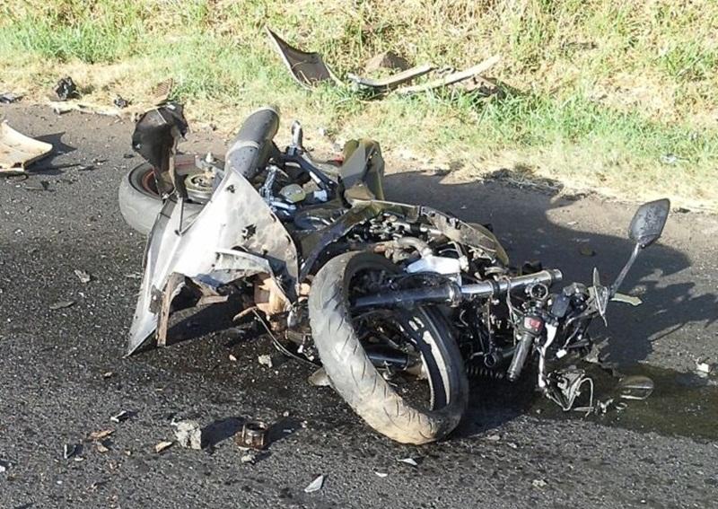 Motociclista fica ferido em acidente no Contorno Leste