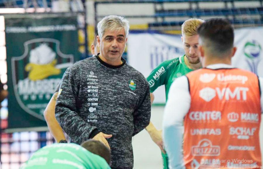 Cresol/Marreco venceu na estreia do técnico Paulinho Gambier