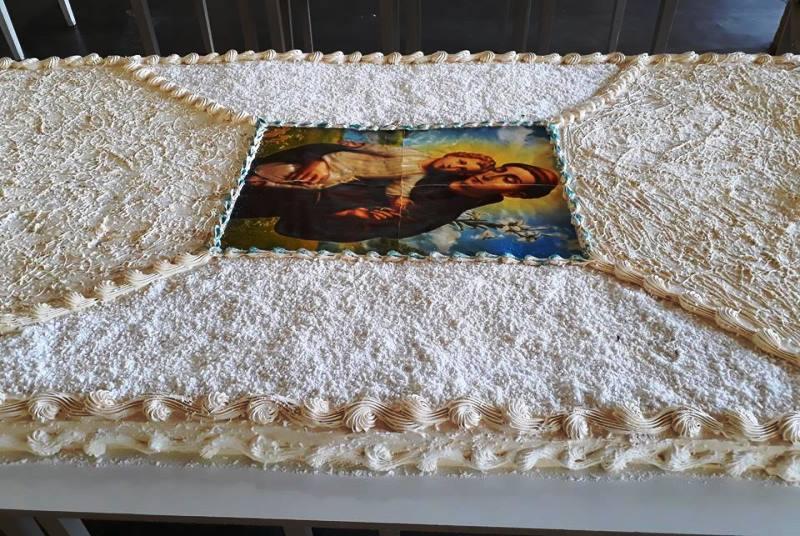Missas e distribuição de bolo marcam do Dia de Santo Antônio