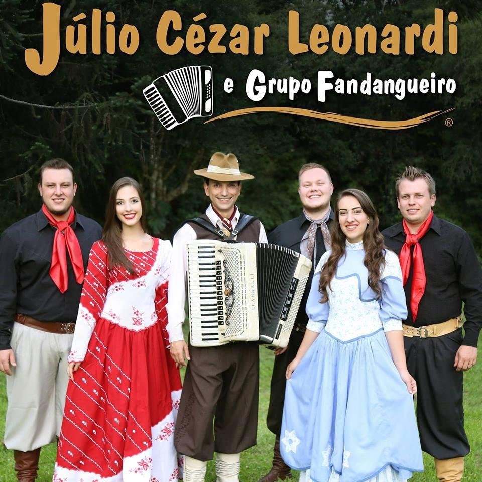 Show marca os 10 anos de Júlio Cézar Leonardi e Grupo Fandangueiro