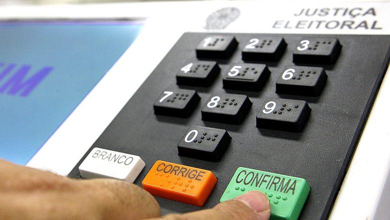 """Pulverização se confirma e mais de 540 candidatos """"pegam"""" votos em Palmas"""