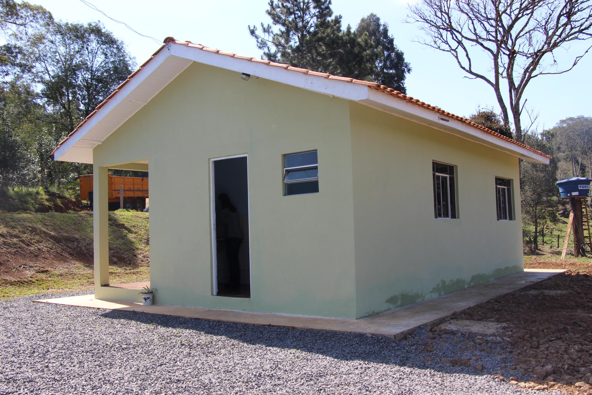 Agricultores familiares recebem novas casas