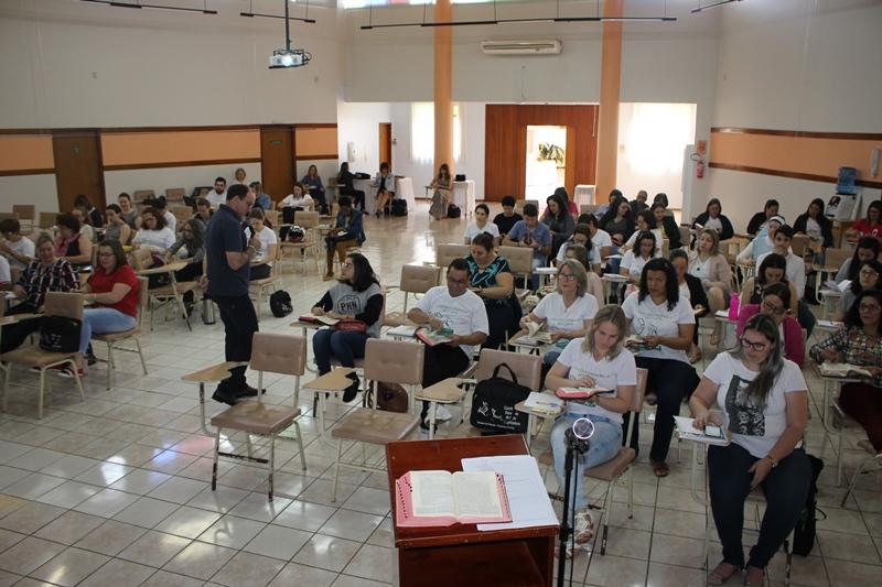 9º etapa da Escola Catequética tratou da Eclesiologia