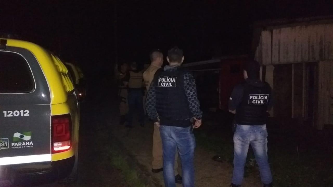 Operação conjunta apreende suspeitos de tráfico, arma e droga