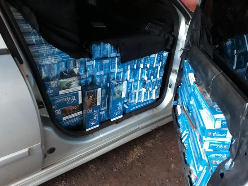 Carros carregados com cigarro contrabandeado são apreendidos em Candói