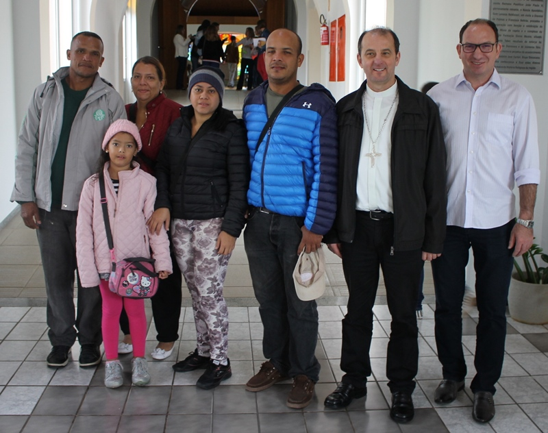 Diocese Palmas/Francisco Beltrão acolhe famílias venezuelanas