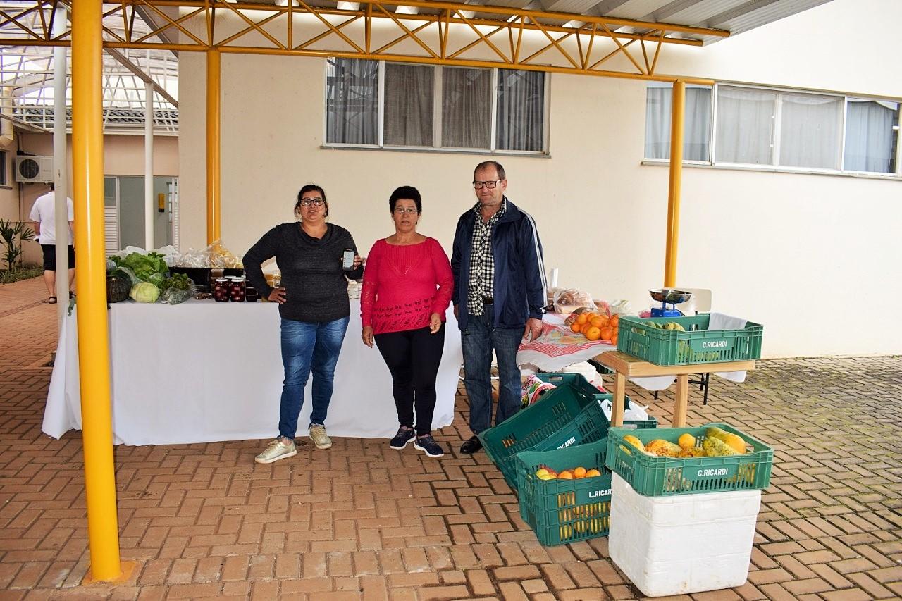 Feira de agricultura familiar da UTFPR utiliza tecnologia para encomendas