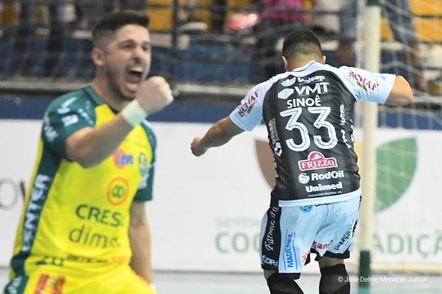 Marreco perde em casa para o Pato Futsal