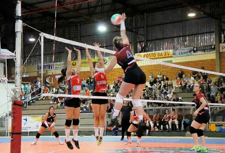 Chopinzinho estreia no JOJUPS com vitória no voleibol