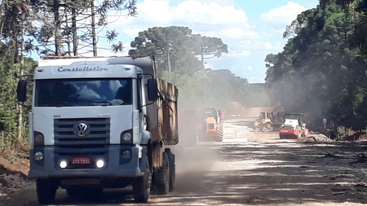 Seguem obras de base para pavimentação da PR 912