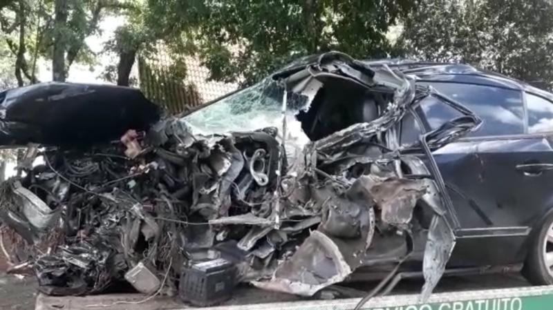 Família de Ampére se envolve em acidente na BR-277, no Oeste do Estado