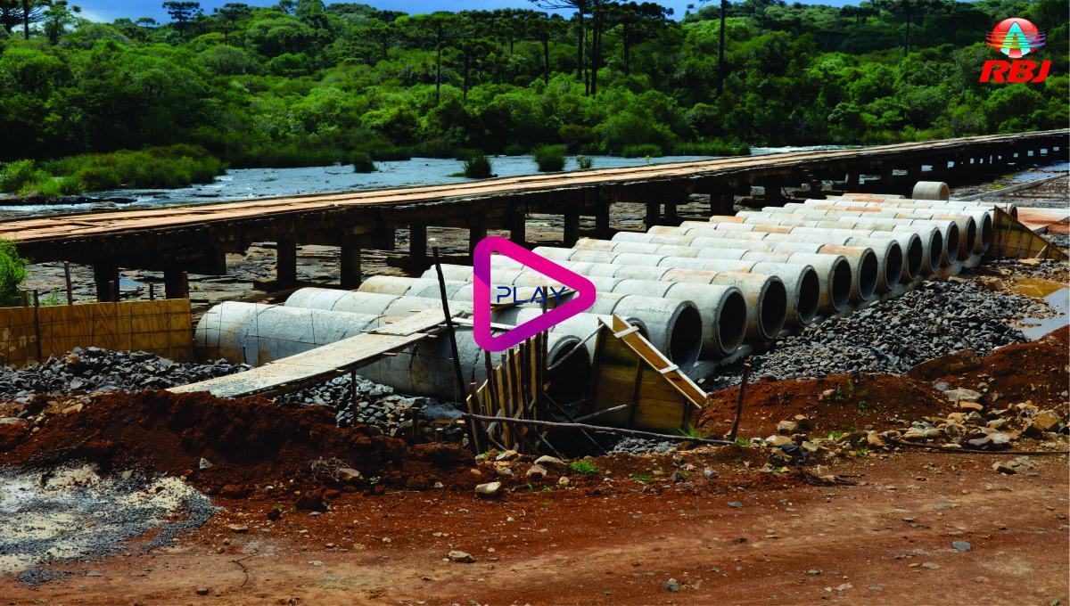 Nova ponte do Abarracamento em construção