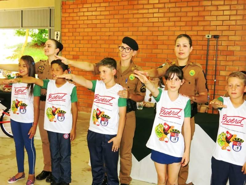 Proerd forma 167 crianças em Coronel Vivida