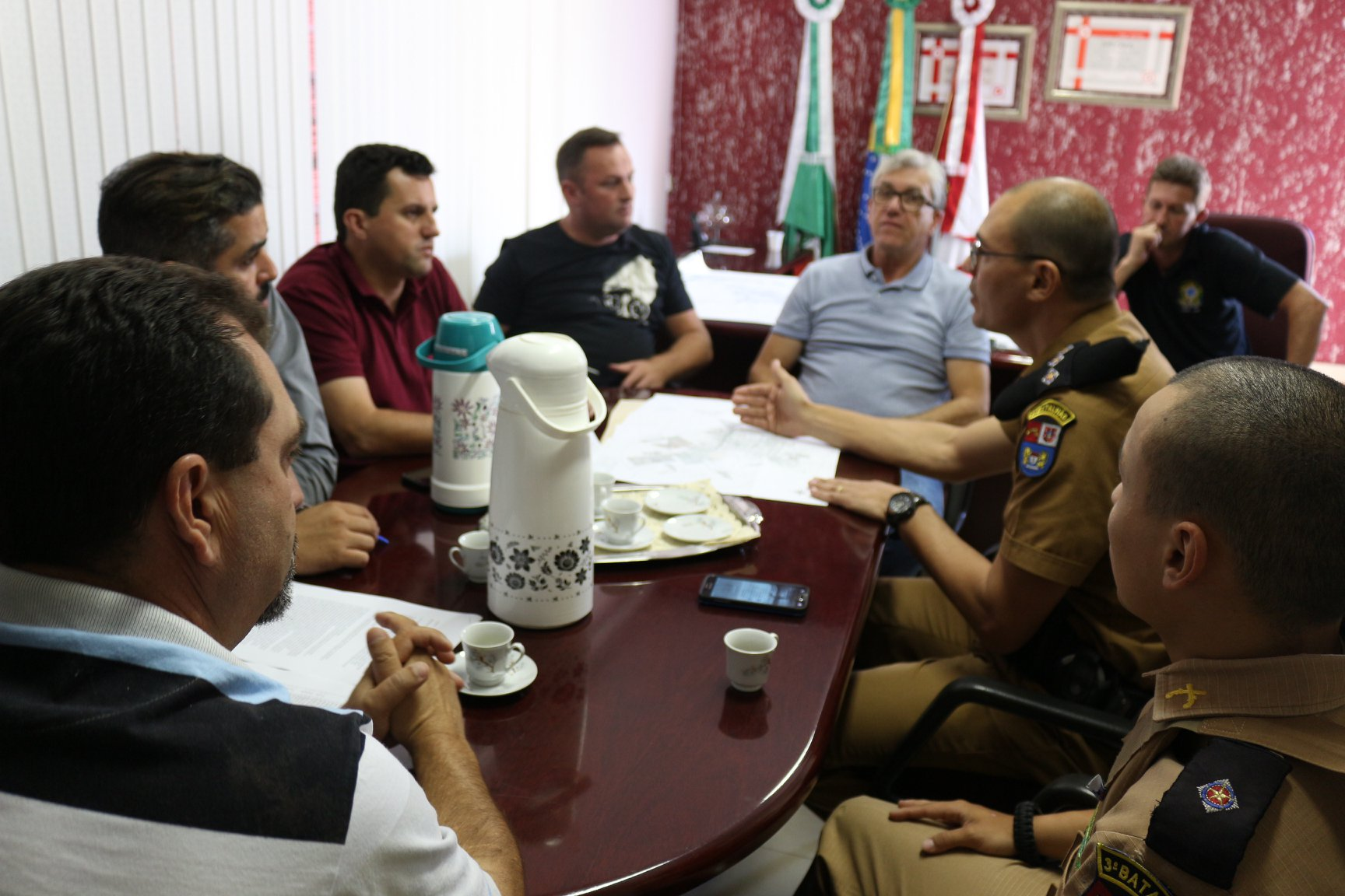 Mangueirinha discute projetos para segurança pública