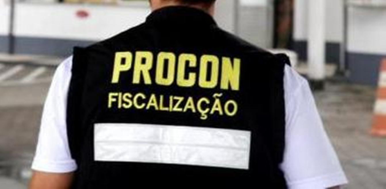 Procon analisa preços dos combustíveis em Palmas