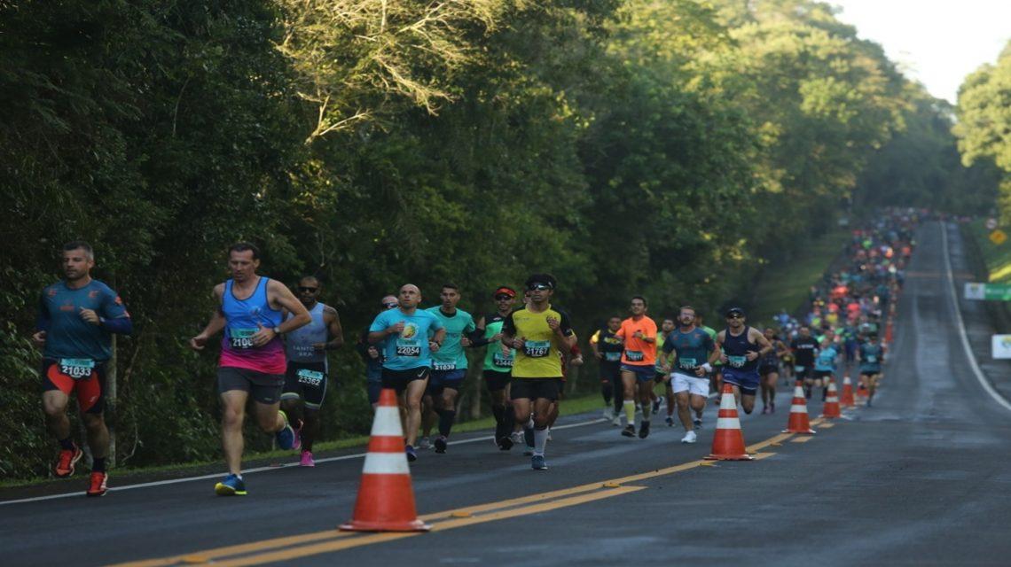 Chopinzinhenses participam da 12ª Meia Maratona das Cataratas