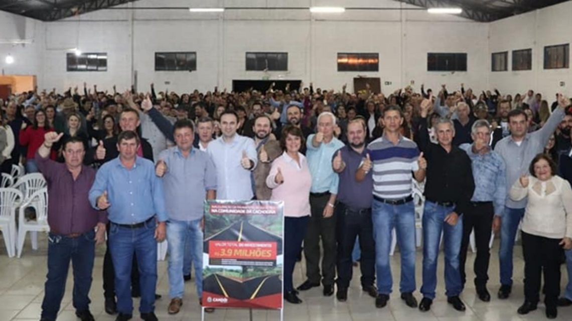 Administração municipal inaugura asfalto no Distrito de Cachoeira, em Candói