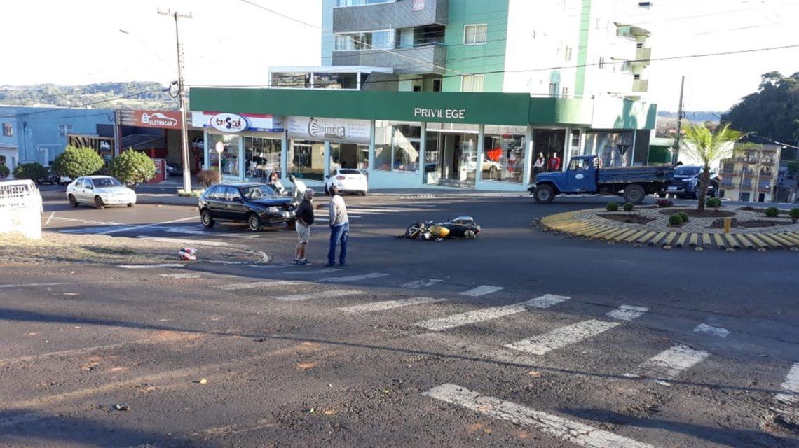 Motociclista fica ferido em acidente no centro de Chopinzinho