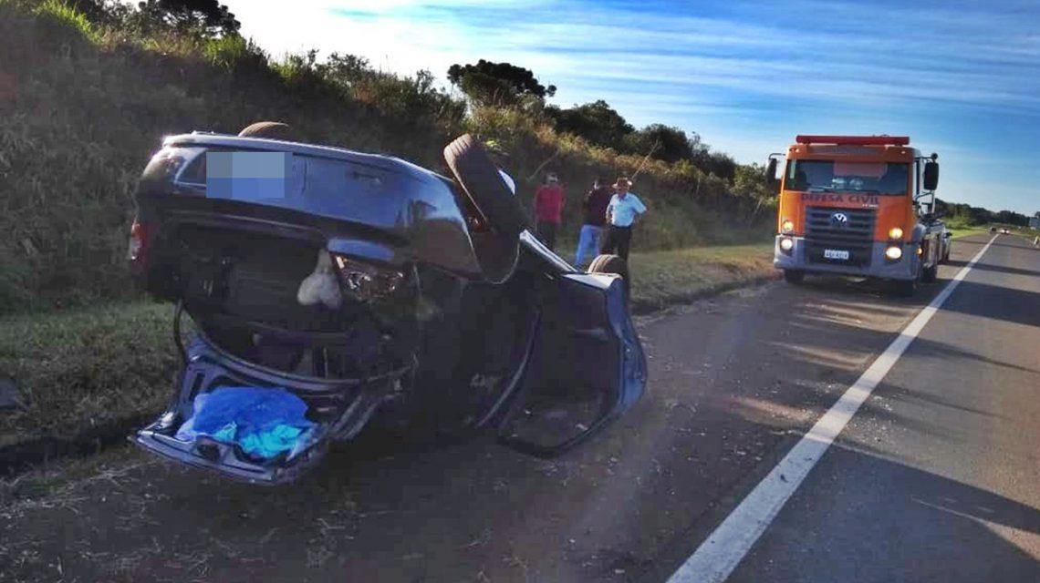 Carro de Chopinzinho se envolve em acidente na BR-373, em Candói