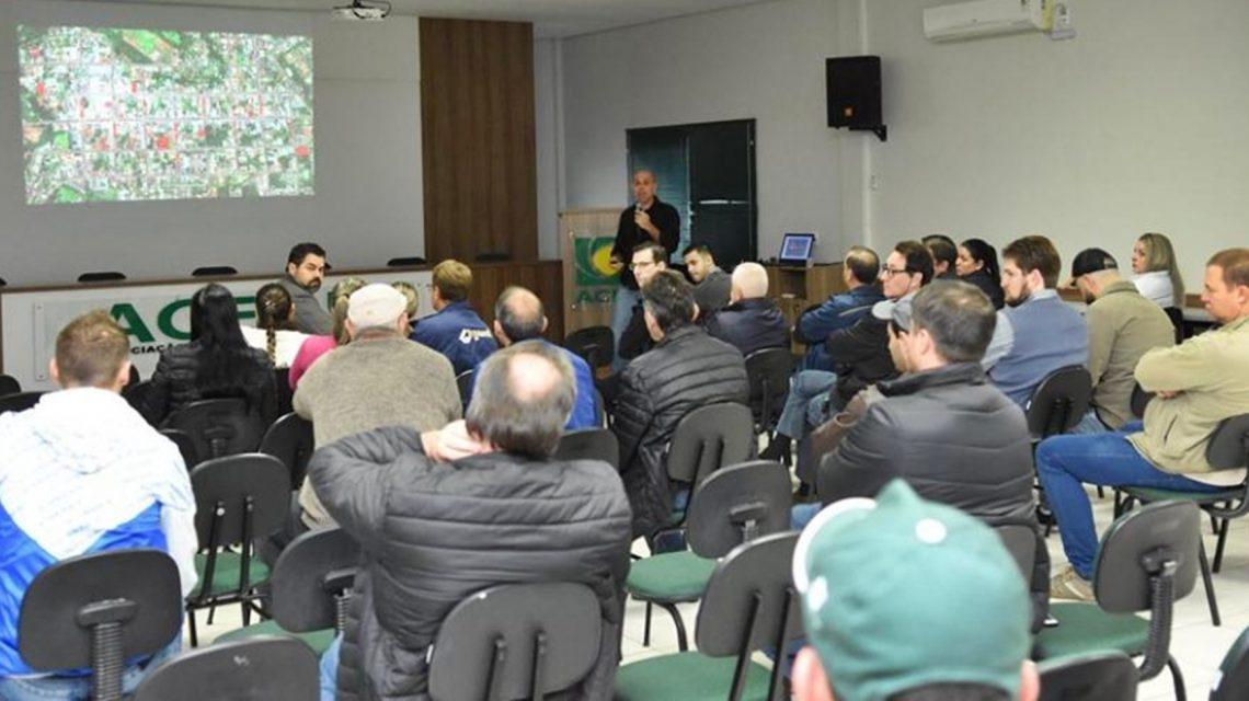 Empresários de Chopinzinho debatem projeto de mobilidade urbana do centro