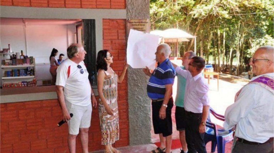 Prefeita de Quedas é processada por placa com críticas a antecessores