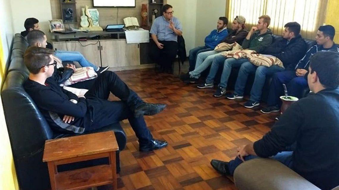 Em São João, Seminário Propedêutico realiza Estágio Vocacional