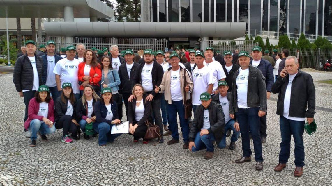 Comitiva de Chopinzinho participa de audiência pública pelo fim da vacinação contra e aftosa no Paraná