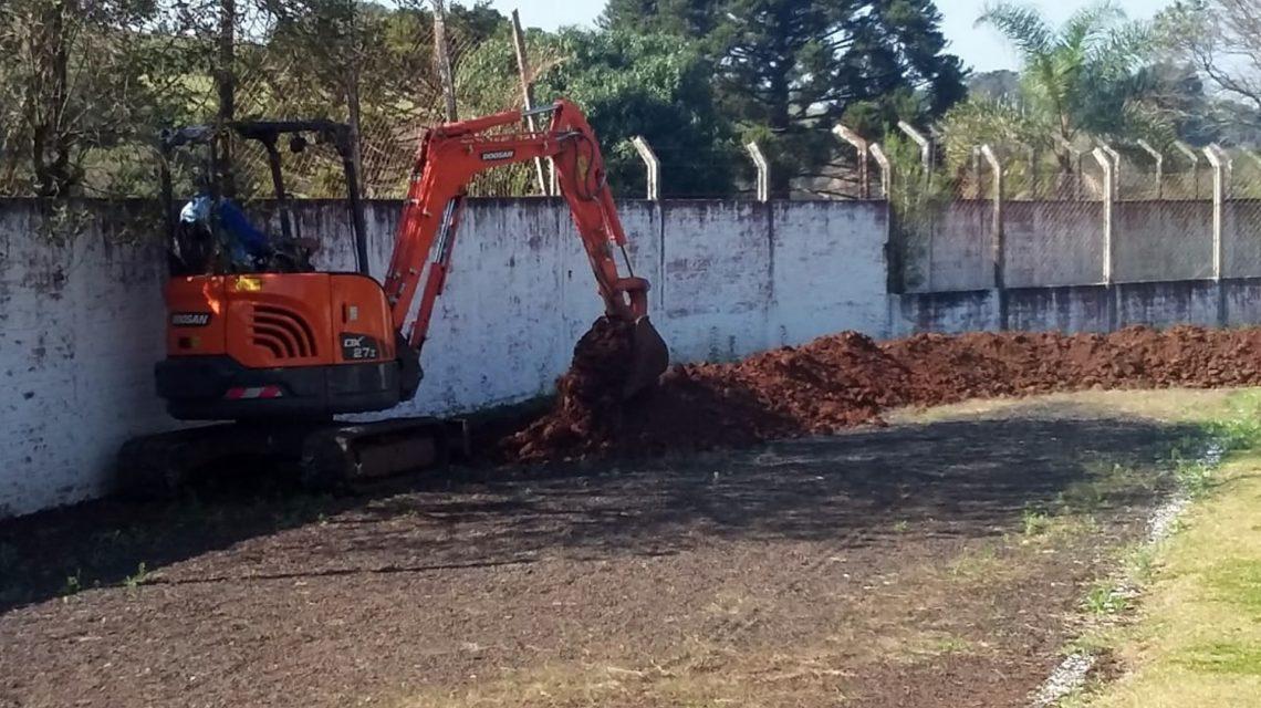 Iniciadas as obras de reforma do Estádio Municipal de Chopinzinho