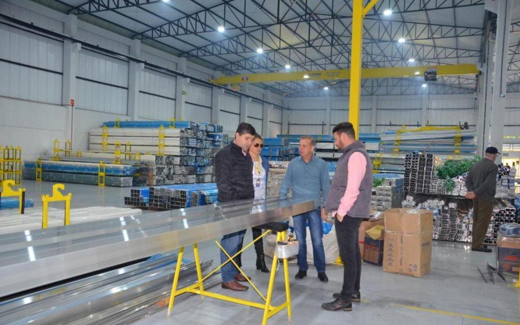Vitral Sul investe 4,2 milhões e abre 30 novos empregos em Francisco Beltrão
