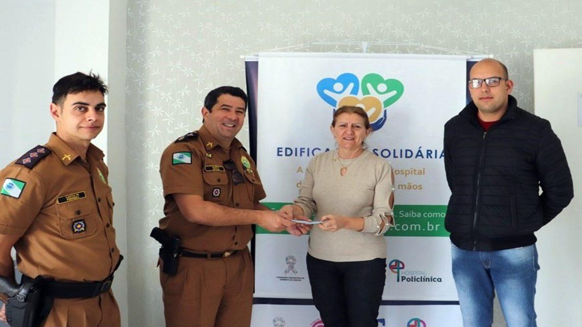Polícia Militar entrega doação à Fundação Sudoestina de Combate ao Câncer