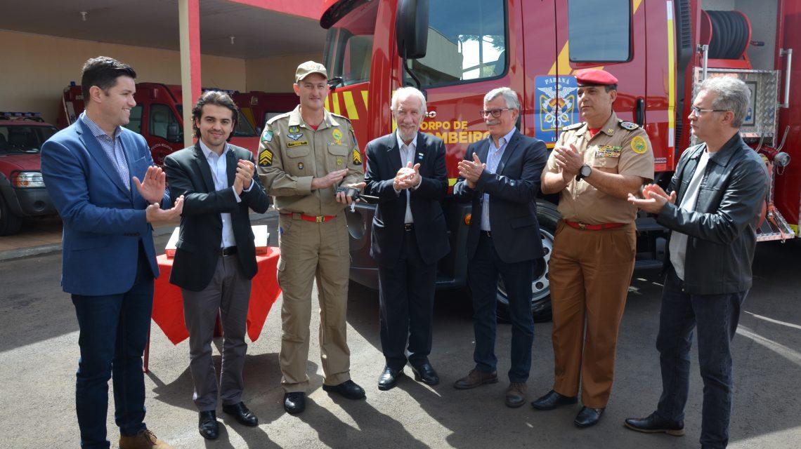 Corpo de Bombeiros de Palmas recebe novo caminhão e equipamentos