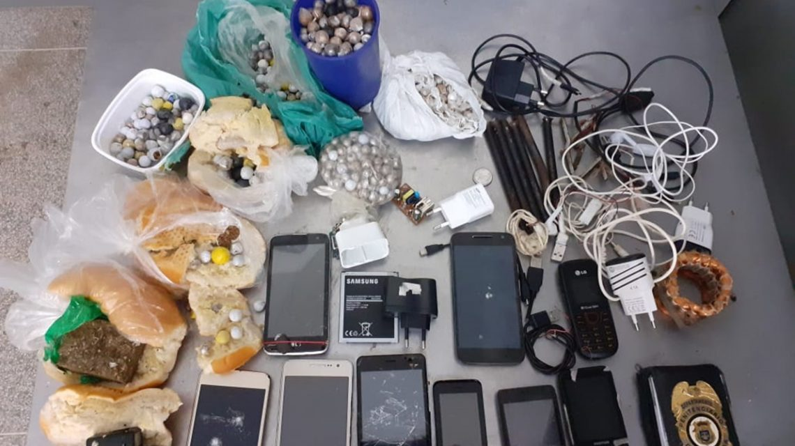 Operação bate grade apreendeu celulares e drogas na Cadeia Pública de Palmas