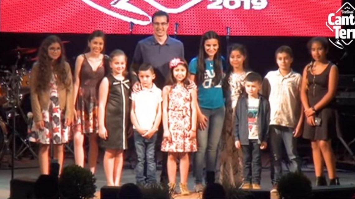 Chopinzinho: Festival municipal Canta Terra tem 39 apresentações na primeira noite