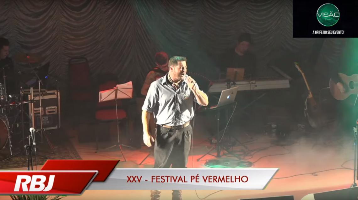 Intérpretes da microrregião de Palmas sobem ao palco do Festival Pé Vermelho