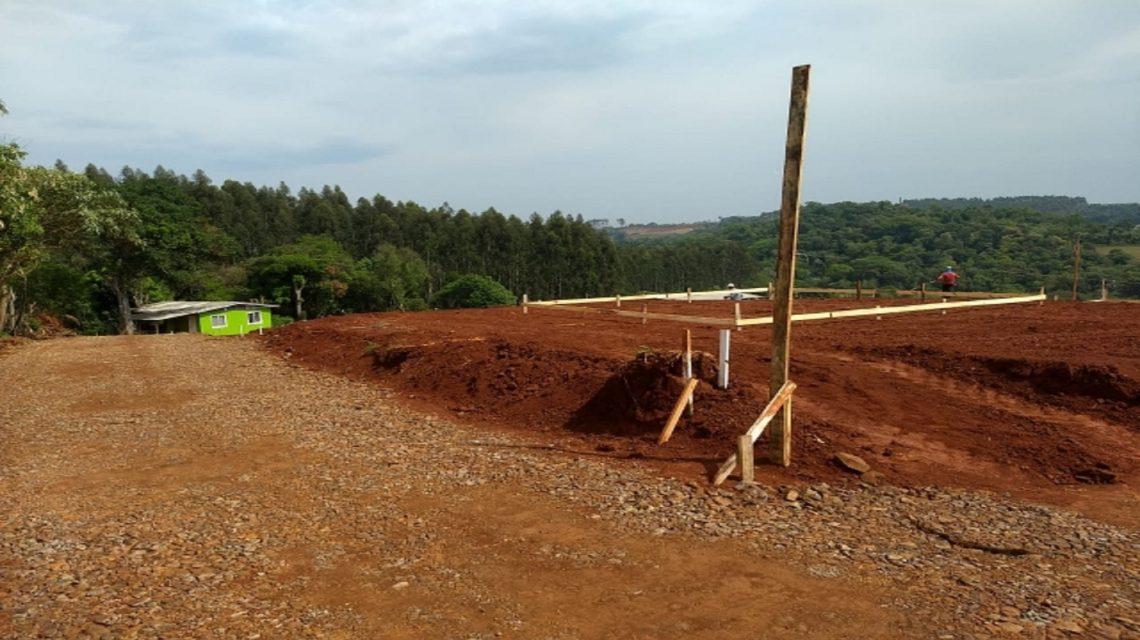 Empresa inicia construção de 40 casas via Cohapar em Marmeleiro