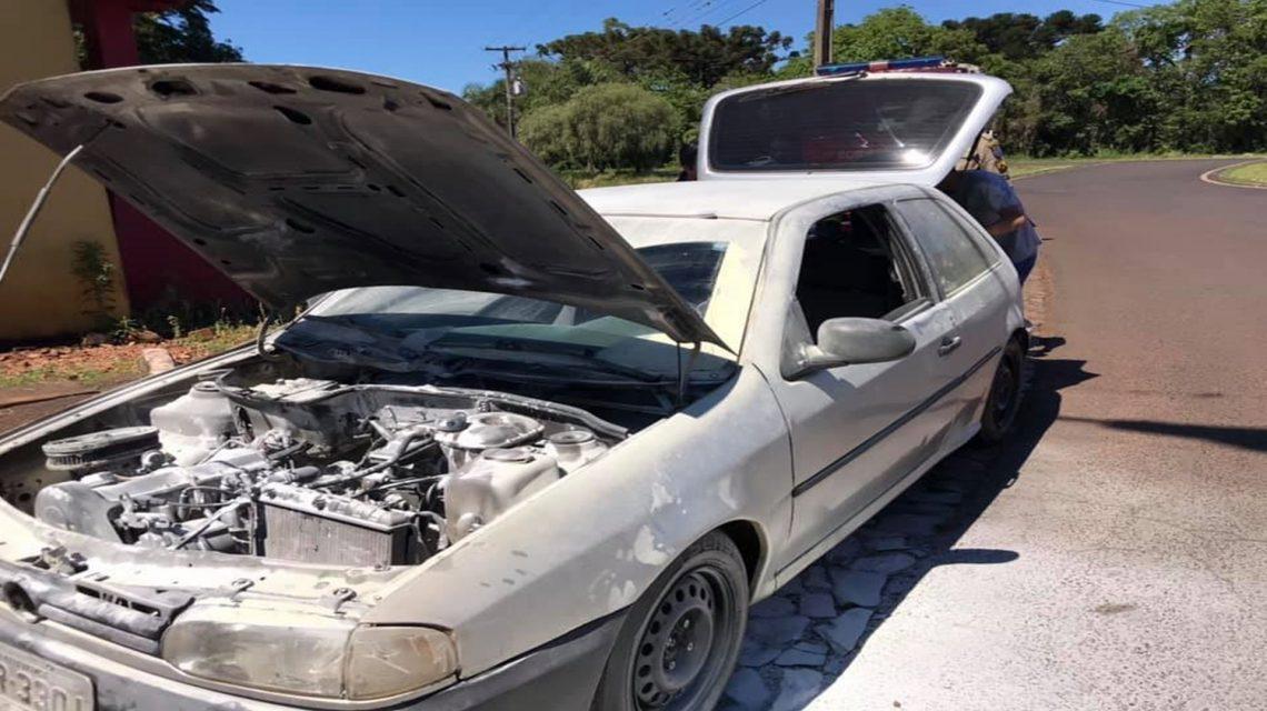 Incêndio em veículo é registrado em Coronel Vivida