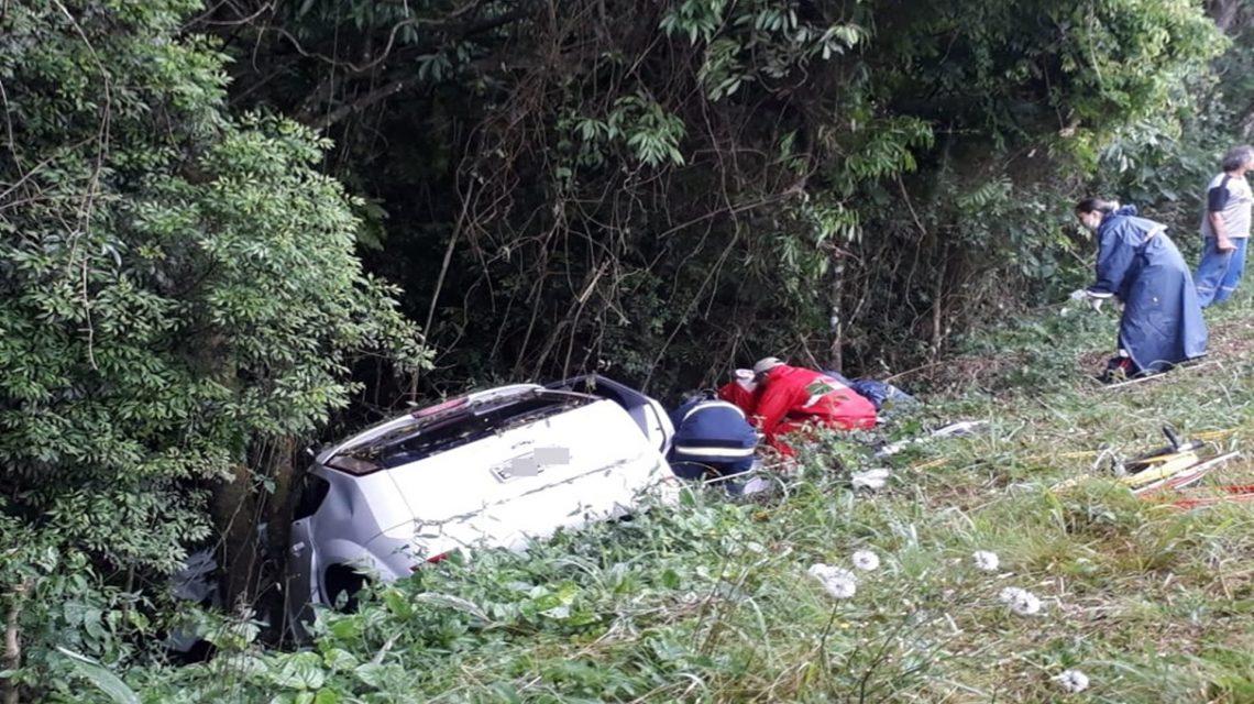 Duas pessoas ficam feridas em acidente na BR-158 em Coronel Vivida