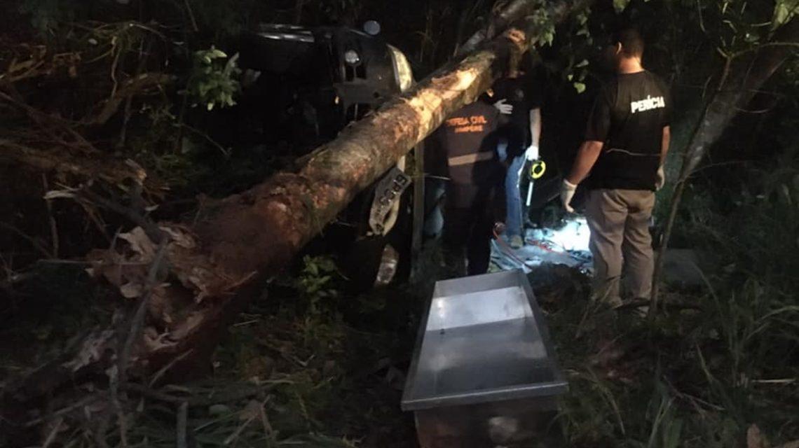 Mulher de 36 anos morre em acidente na PR-182, em Ampére