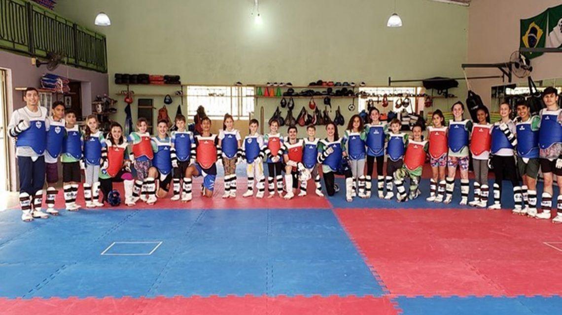 Atletas de Saudade do Iguaçu se preparam para o Brazil Open de Taekwondo