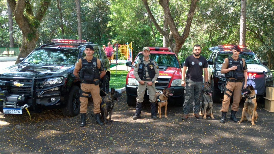 Cães que auxiliam órgãos de segurança foram apresentados em Chopinzinho durante evento da Adac