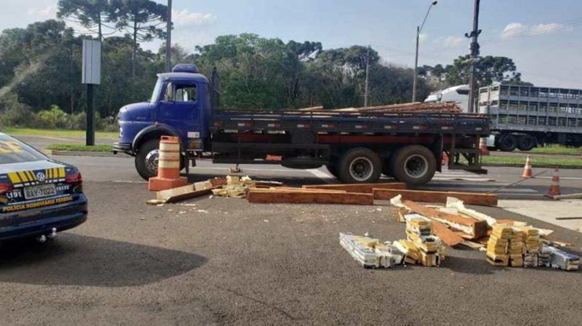 Caminhão é apreendido em Guarapuava com 465 quilos de cocaína