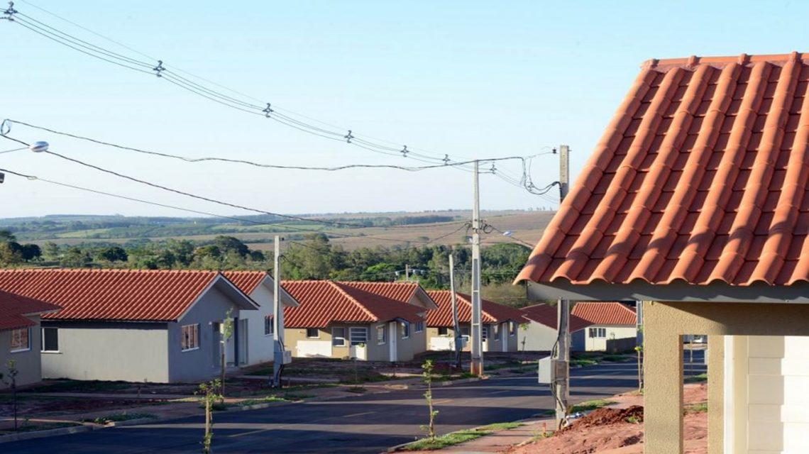 Prefeitura de Chopinzinho convoca beneficiários da Cohapar para reunião