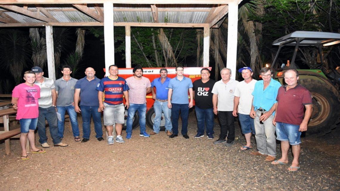 Associação de Linha Gressana em Chopinzinho recebe equipamento agrícola