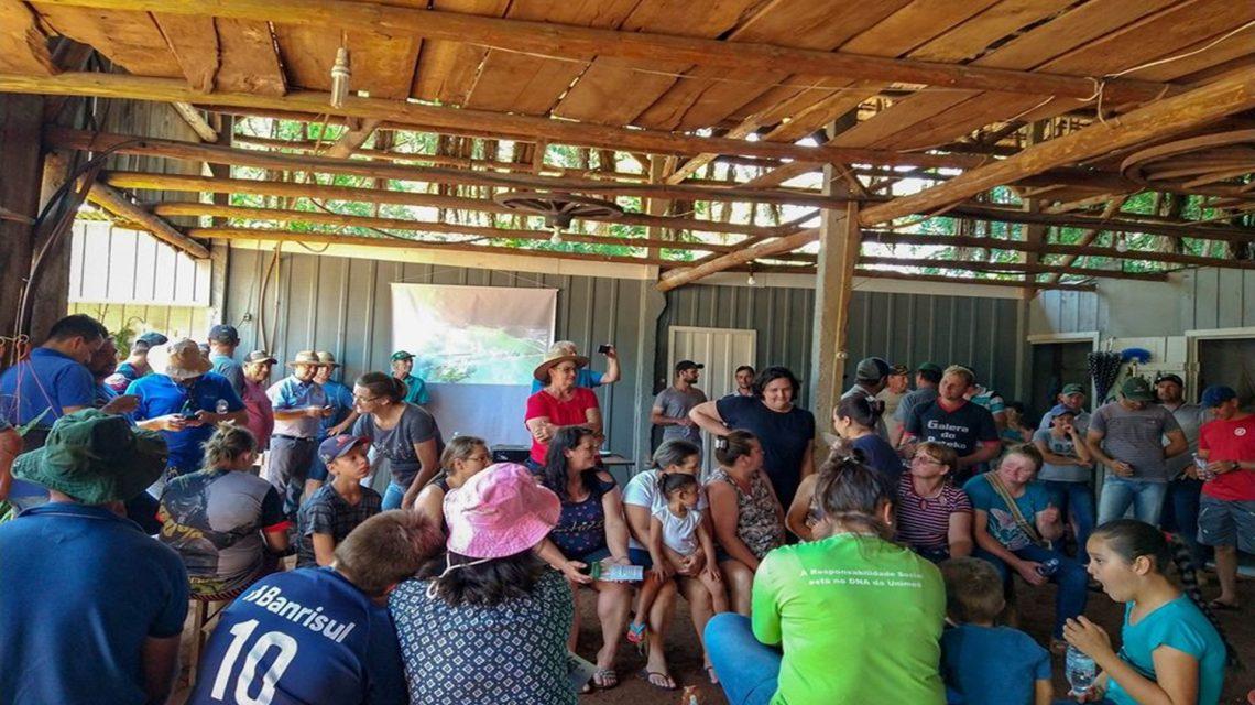 Dia de Campo sobre produção de leite a pasto é realizado em Sulina