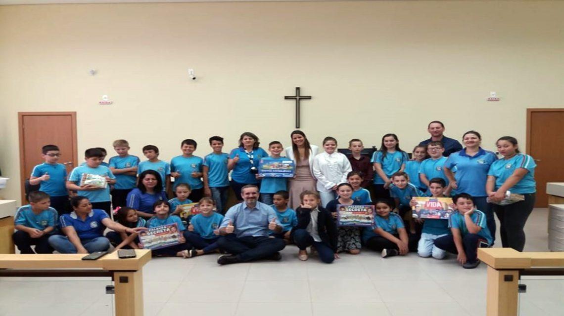 Alunos de Sulina visitam o Fórum da Comarca de São João