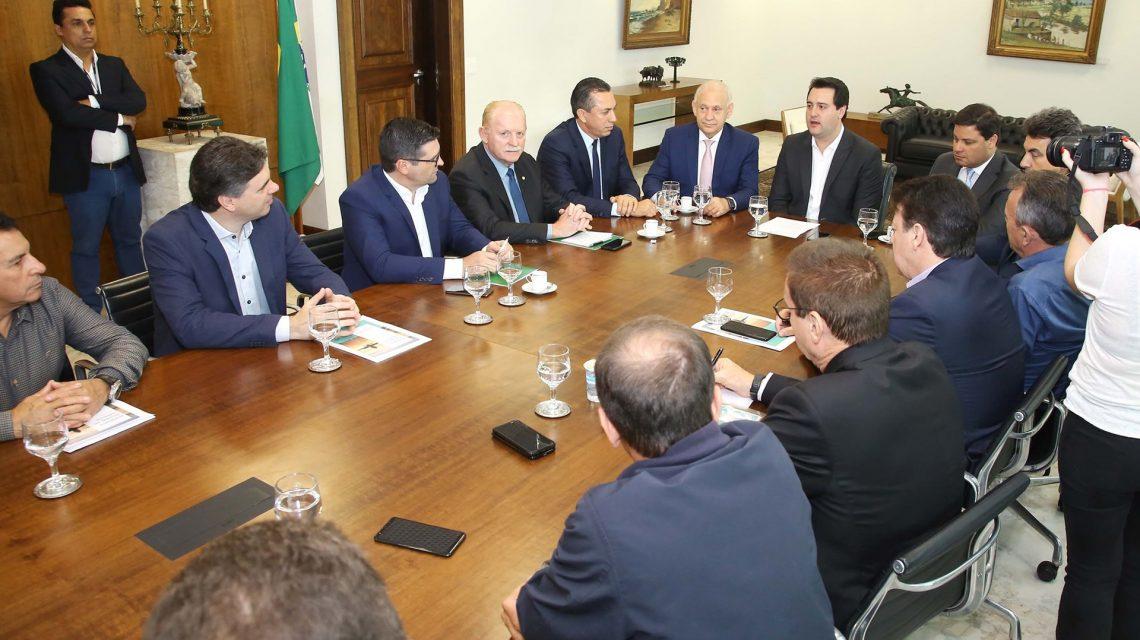 Representantes de entidades encaminham parceria para projetos iniciais do Aeroporto Regional